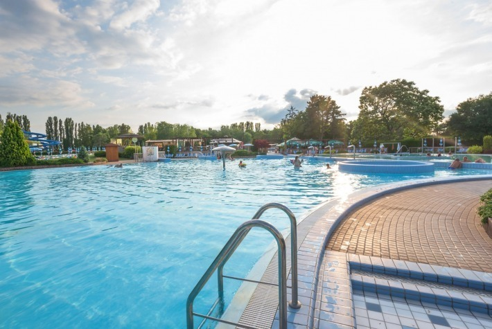 Rekreačný bazén
